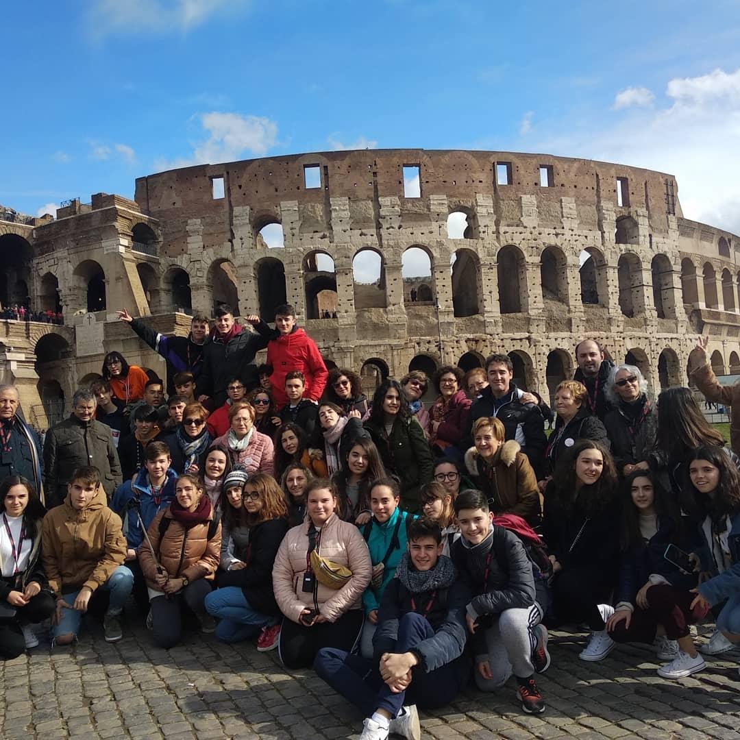 Viaje a Roma del departamento de religi%C3%B3n del IES Herm%C3%B3genes Rodr%C3%ADguez de Herencia00 - Alumnos y alumnas de religión del IES Hermógenes Rodríguez viajan a Roma