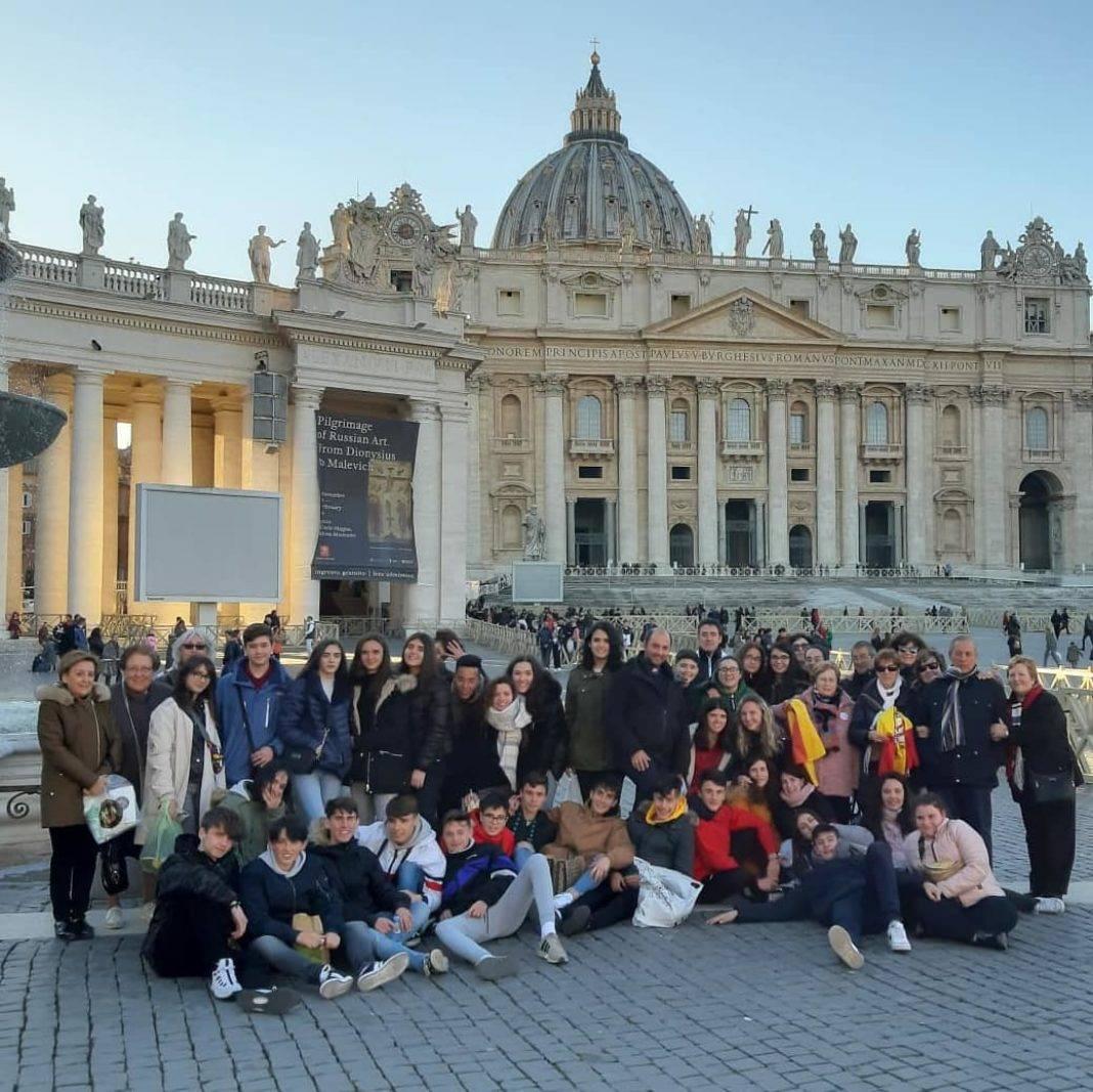 Alumnos y alumnas de religión del IES Hermógenes Rodríguez viajan a Roma 24