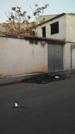 arde contenedor en calle gomez montalban herencia 0001
