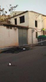 arde contenedor en calle gomez montalban herencia 0003 156x277 - Arde un contenedor en la calle Gómez Montalbán de Herencia