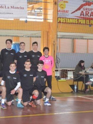 El club balonmano SMD Quijote Herencia renueva su acuerdo de patrocinio con el grupo Ararat 7