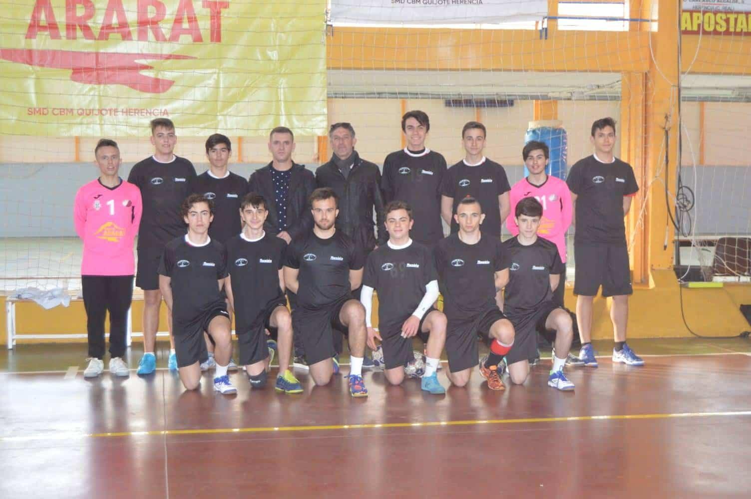 club de balonmano SMD Quijote Herencia2 - El club balonmano SMD Quijote Herencia renueva su acuerdo de patrocinio con el grupo Ararat