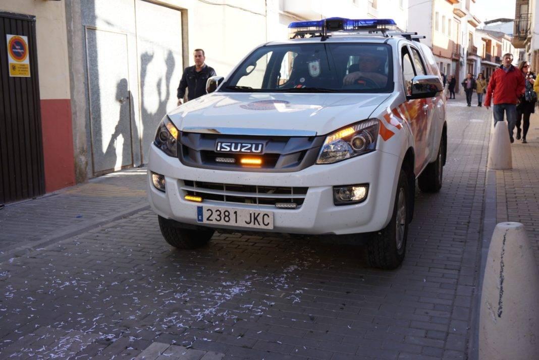 coche proteccion civil 1068x714 - Preventivo de Protección Civil en el Domingo de las Deseosas