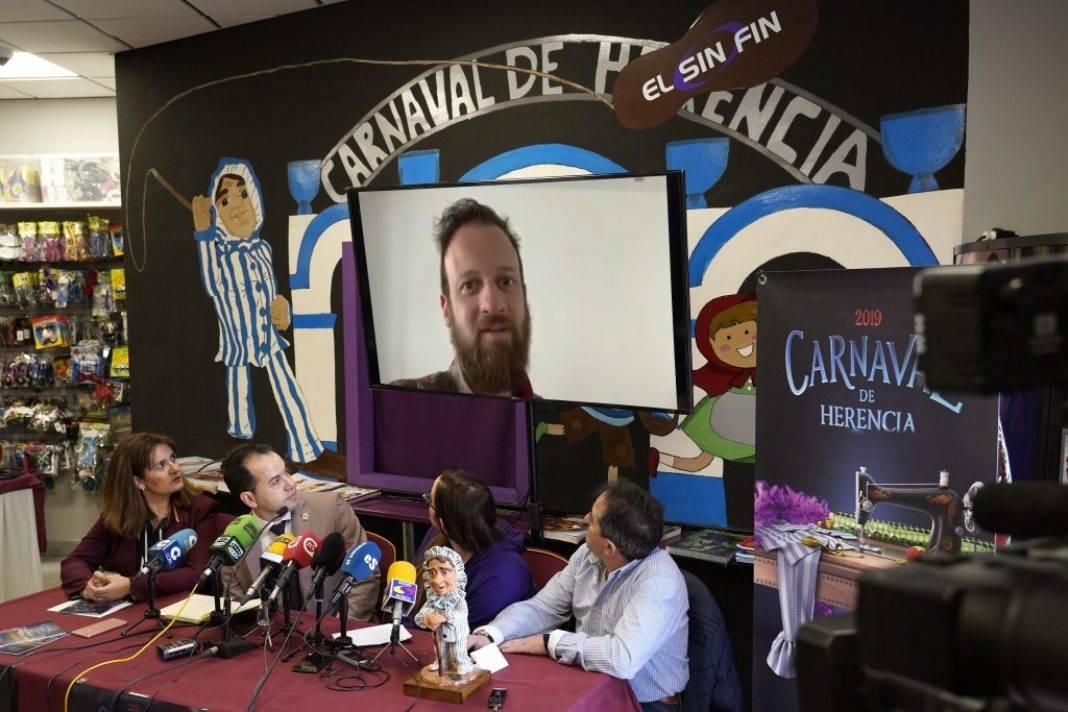 presentacion carnaval herencia 2019 edu soto 1068x712 - Presentado oficialmente el Carnaval de Herencia y el futuro Palacio del Carnaval