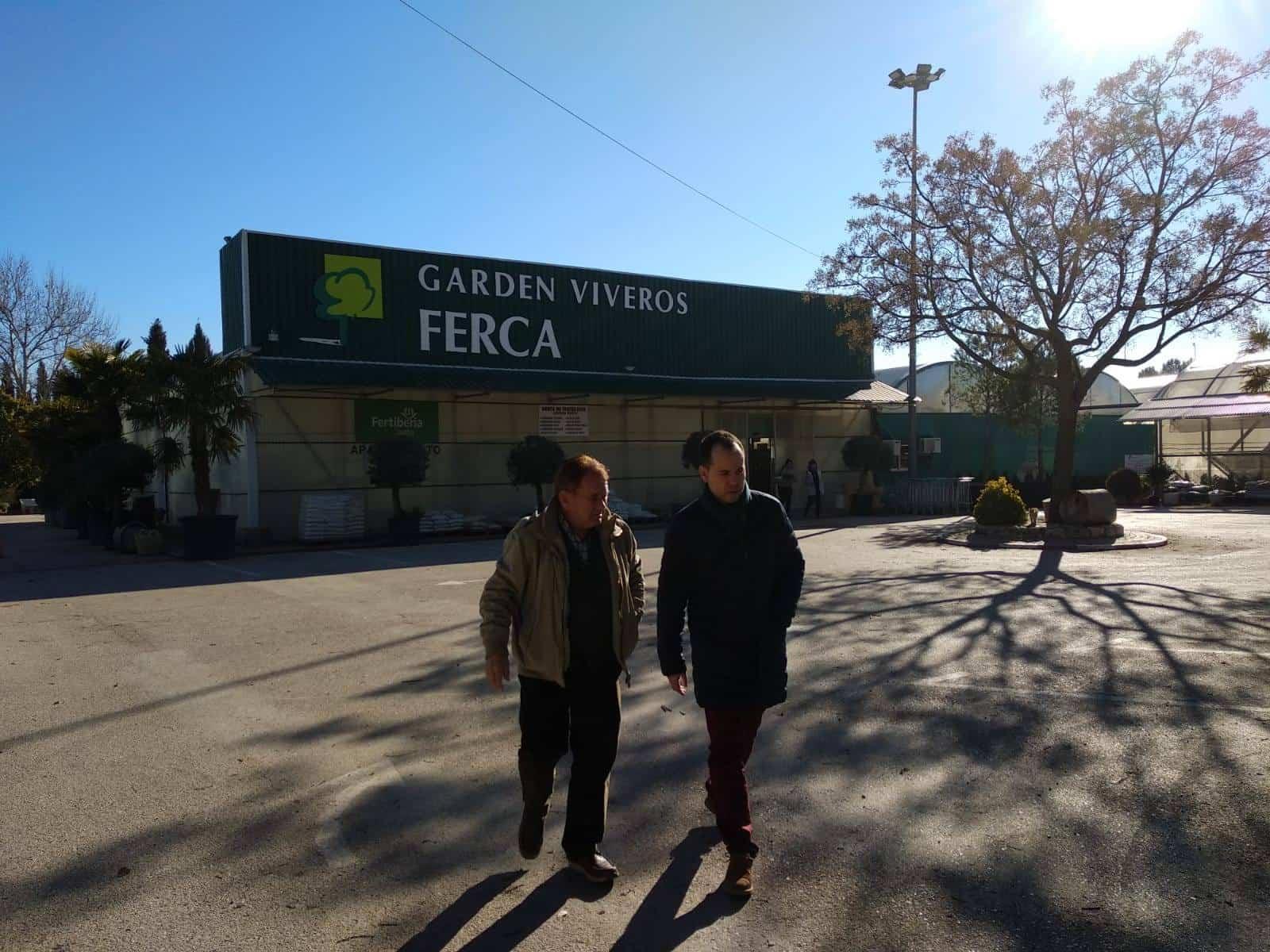 viveros ferca visita alcalde herencia 2 - Viveros Ferca recibe la visita del Alcalde de Herencia