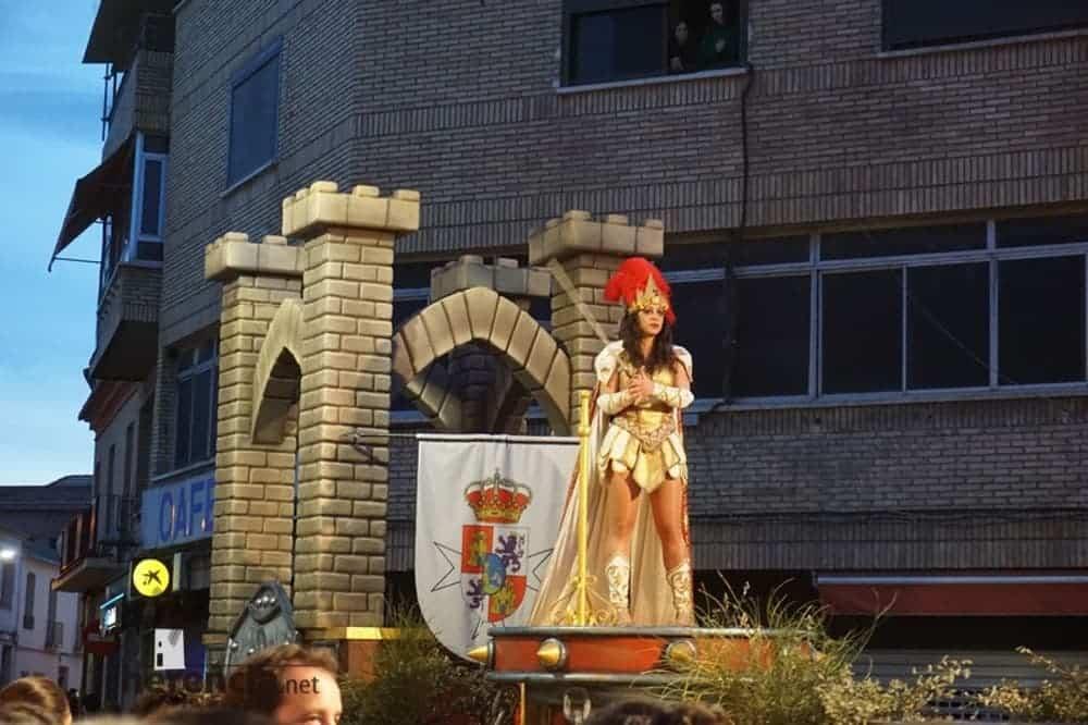 Éxito de Axonsou, Jarra Pedal y Los Traviesos en los desfiles de Villarrobledo y Socuéllamos 8