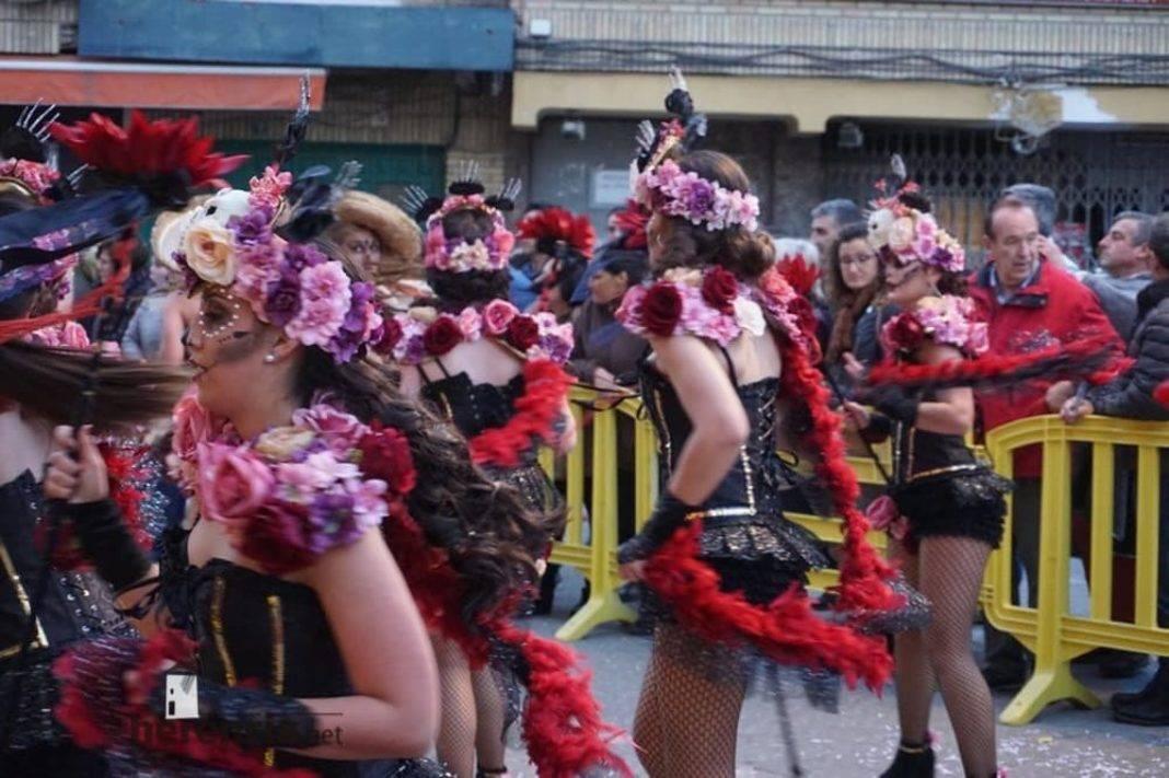 Ofertorio Carnaval de Herencia 201980 1068x711 - Éxito de Axonsou, Jarra Pedal y Los Traviesos en los desfiles de Villarrobledo y Socuéllamos