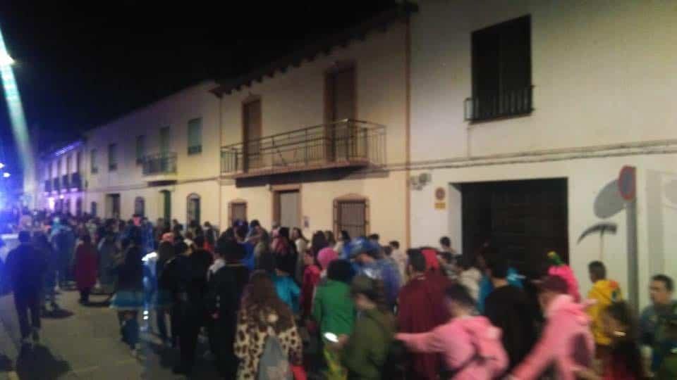 Increíble desfile nocturno en el Carnaval de Herencia 1