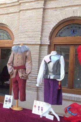 Fotografías de la Exposición de trajes del Carnaval de Herencia 1