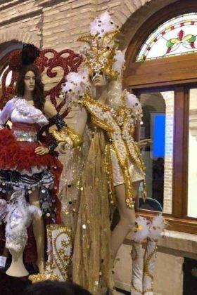 Fotografías de la Exposición de trajes del Carnaval de Herencia 18
