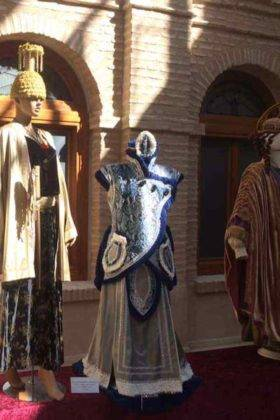 exposicion trajes carnaval herencia 23 280x420 - Fotografías de la Exposición de trajes del Carnaval de Herencia
