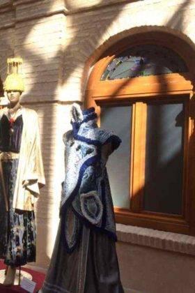 exposicion trajes carnaval herencia 4 280x420 - Fotografías de la Exposición de trajes del Carnaval de Herencia