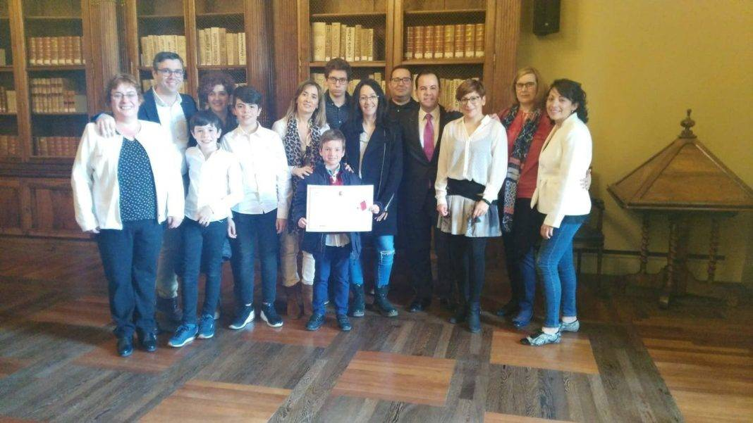 La Biblioteca Pública Miguel de Cervantes recibe el premio María Moliner 1
