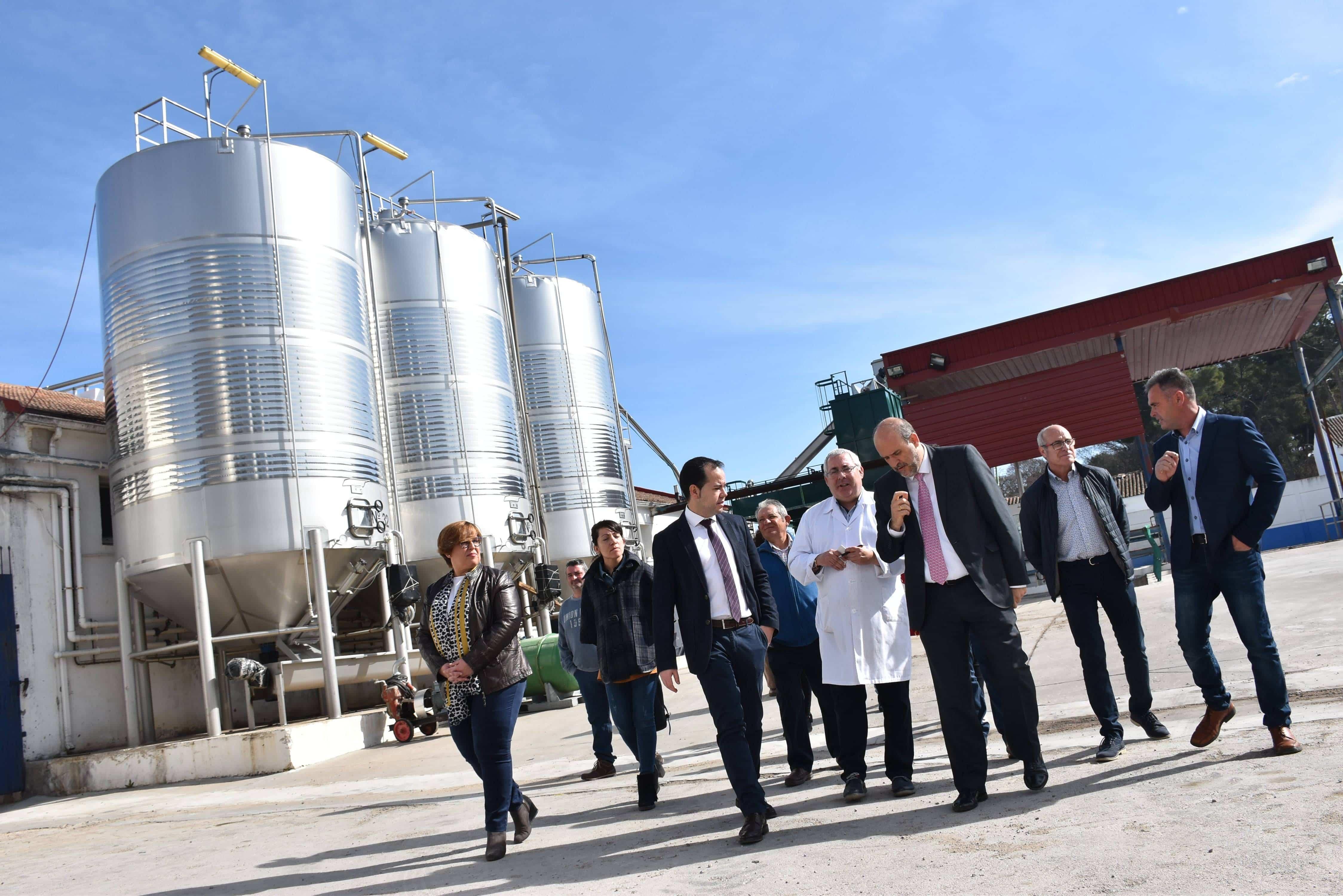 El vicepresidente primero ha visitado hoy en Herencia (Ciudad Real) las instalaciones de la cooperativa 'San José'