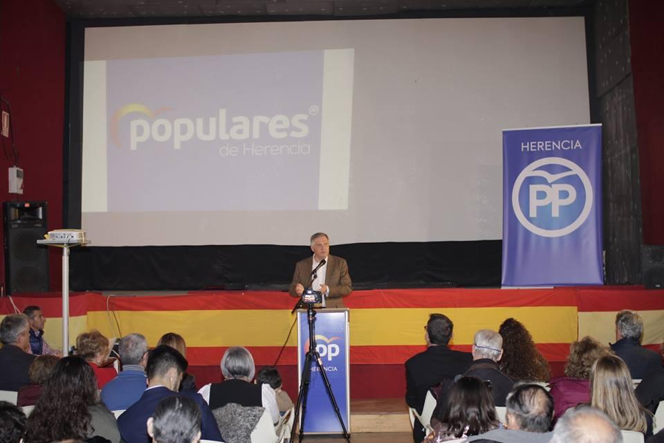 Cristina Rodríguez de Tembleque presenta su candidatura a la Alcaldía de Herencia06 - Cristina Rodríguez de Tembleque presenta su candidatura a la Alcaldía de Herencia