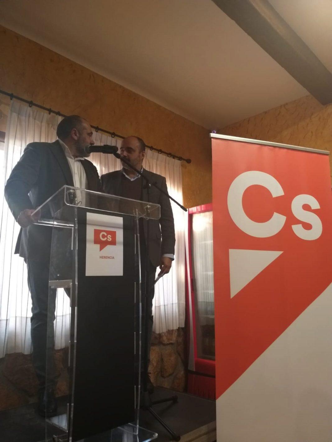 Fernández-Bravo candidato de Cs al Congreso participa en un encuentro en Herencia 2
