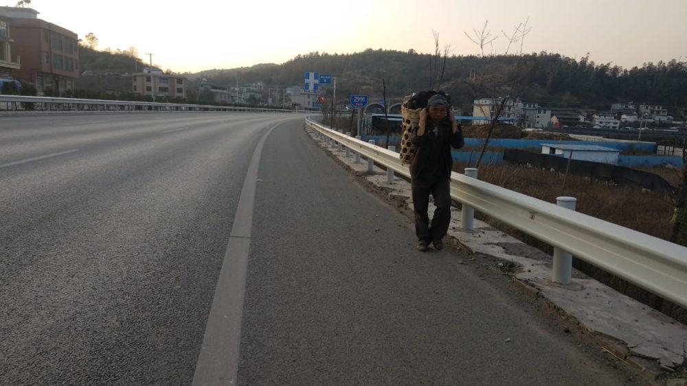 Perlé atravesando China hacia el Tíbet 9