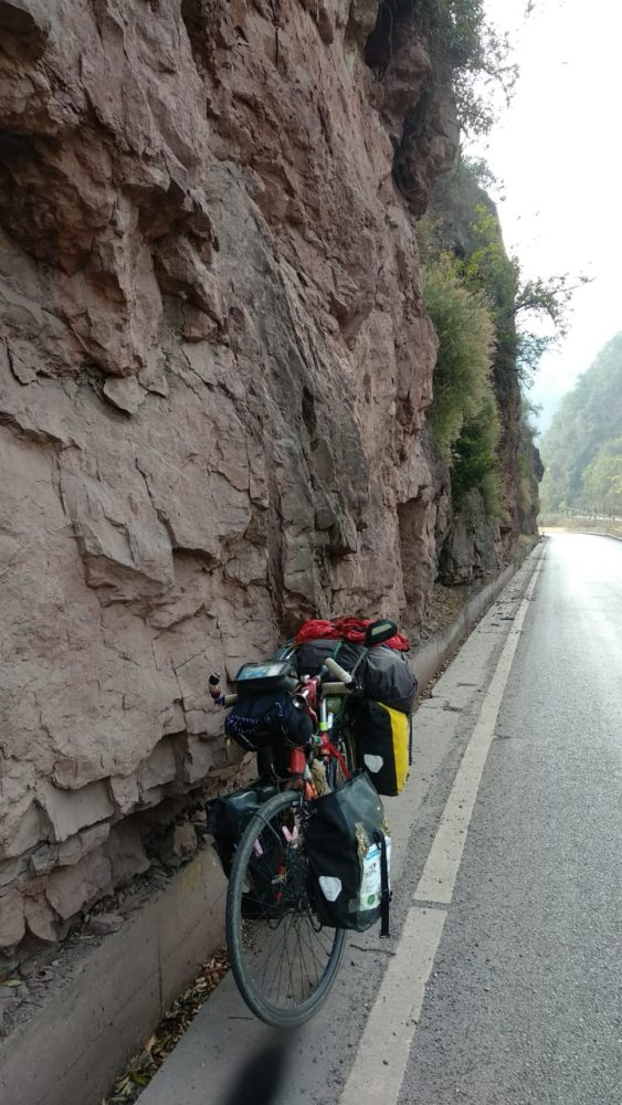 Perlé atravesando China hacia el Tíbet15 563x1000 - Perlé atravesando China hacia el Tíbet