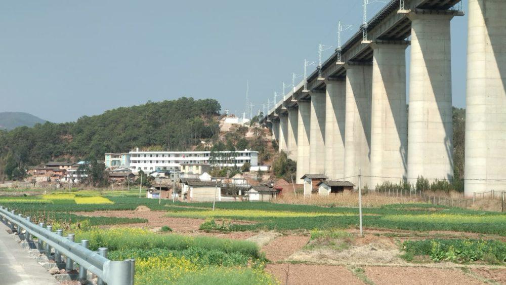 Perlé atravesando China hacia el Tíbet31 1000x563 - Perlé atravesando China hacia el Tíbet