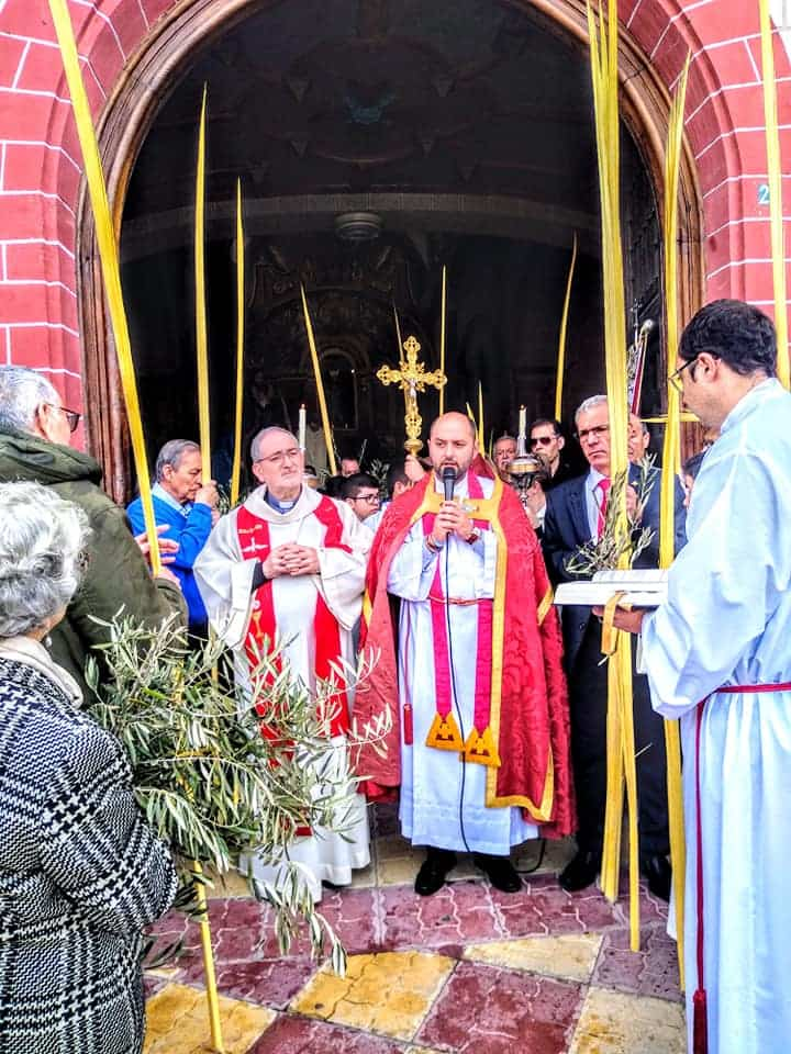 Procesion de la Borriquilla del Domingo de Ramos en Herencia Foto Facebook Parroquia de Herencia02 1 - Buen tiempo y devoción, en la celebración del Domingo de Ramos