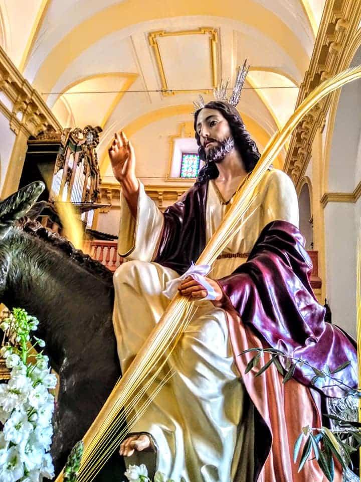 Procesion de la Borriquilla del Domingo de Ramos en Herencia Foto Facebook Parroquia de Herencia15 1 - Buen tiempo y devoción, en la celebración del Domingo de Ramos