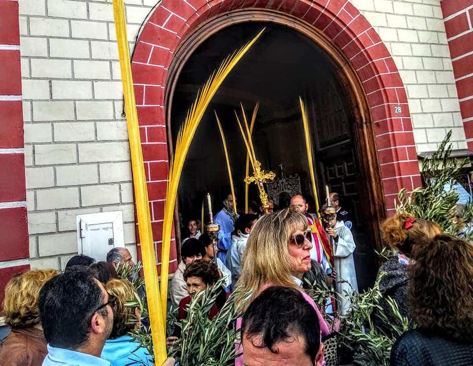 Procesion de la Borriquilla del Domingo de Ramos en Herencia Foto Facebook Parroquia de Herencia16 1 - Buen tiempo y devoción, en la celebración del Domingo de Ramos