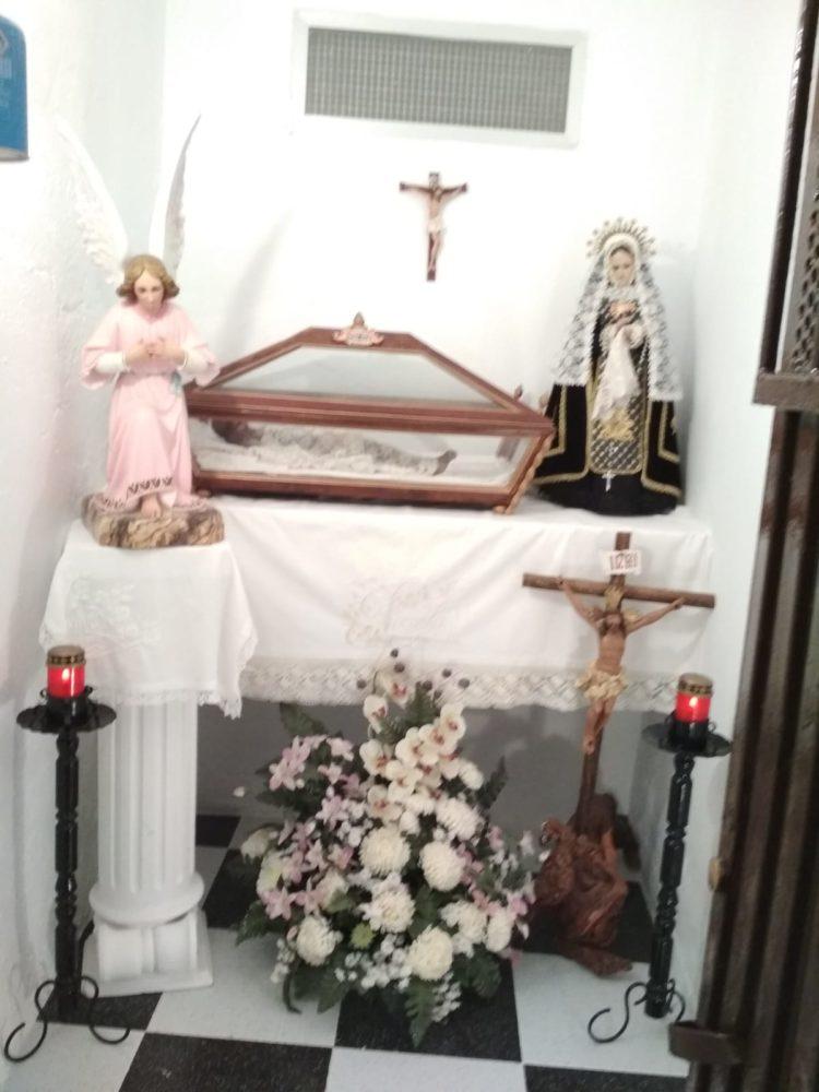 V%C3%ADa Crucis de los J%C3%B3venes Martes Santo 750x1000 - Fotografías del Vía Crucis de los Jóvenes