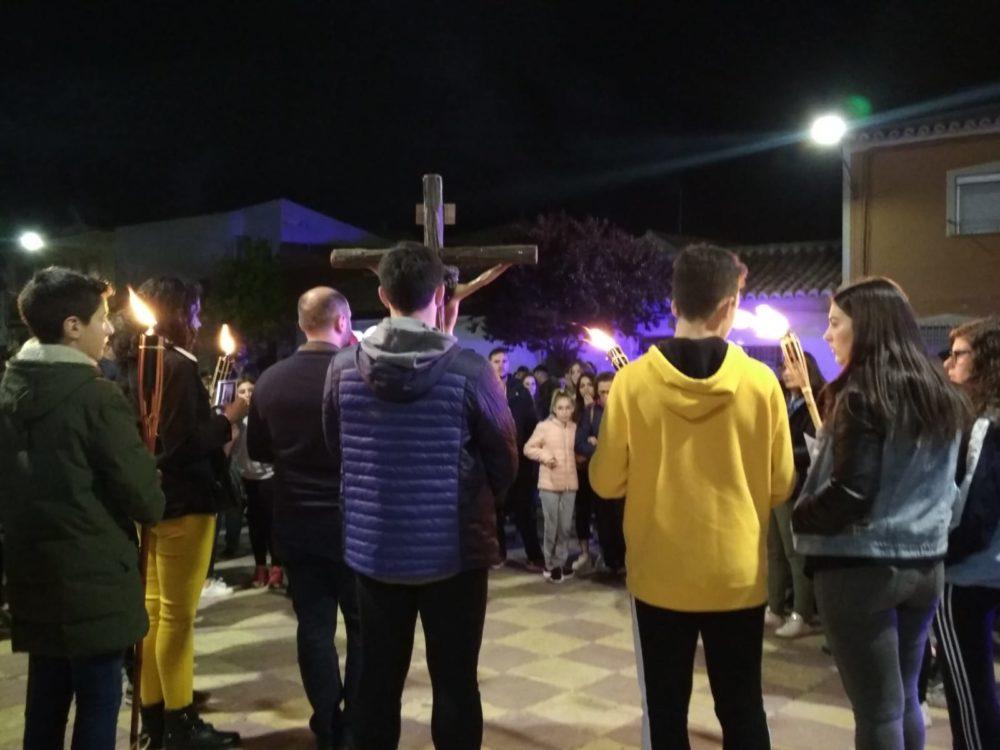 V%C3%ADa Crucis de los J%C3%B3venes Martes Santo9 1000x750 - Fotografías del Vía Crucis de los Jóvenes