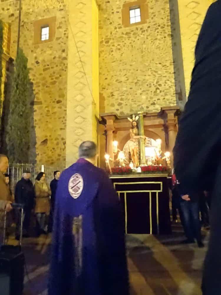 Via Crucis Penitencial con el Cristo de la Columna12 750x1000 - Imágenes del Vía Crucis Penitencial del Miércoles Santo