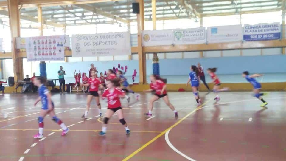 balonmano femenino herencia 1 - El Balonmano Femenino de Herencia hace historia
