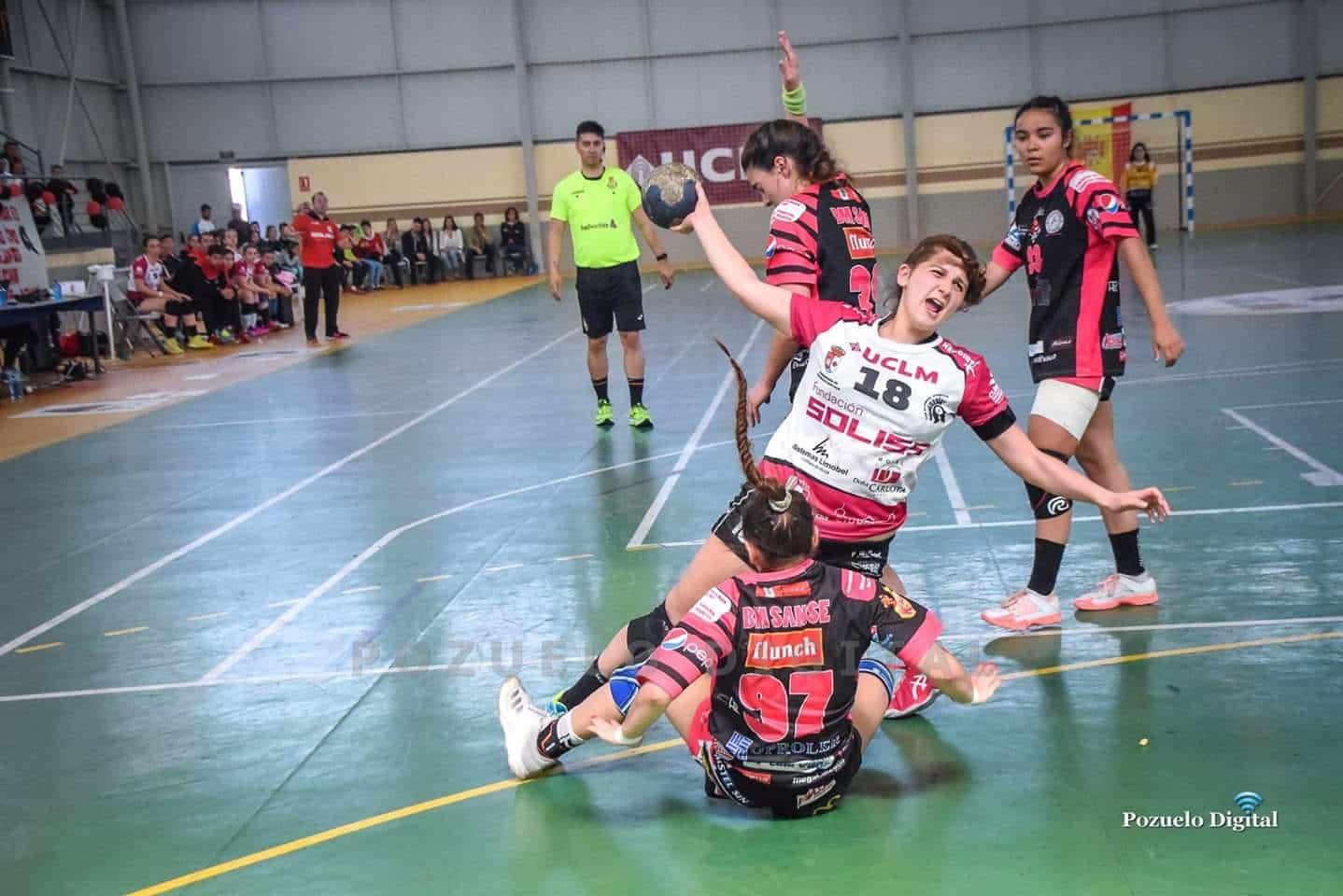 María Mercedes Ramírez del Pozo Mora mejor defensa del Sector Nacional Juvenil Femenino de balonmano celebrado en Pozuelo 2