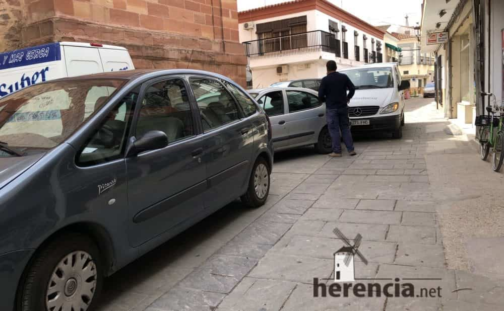 continuan obras plaza espana y calles en herencia 10 1000x618 - Continuan los obras de la Plaza de España y alrededores