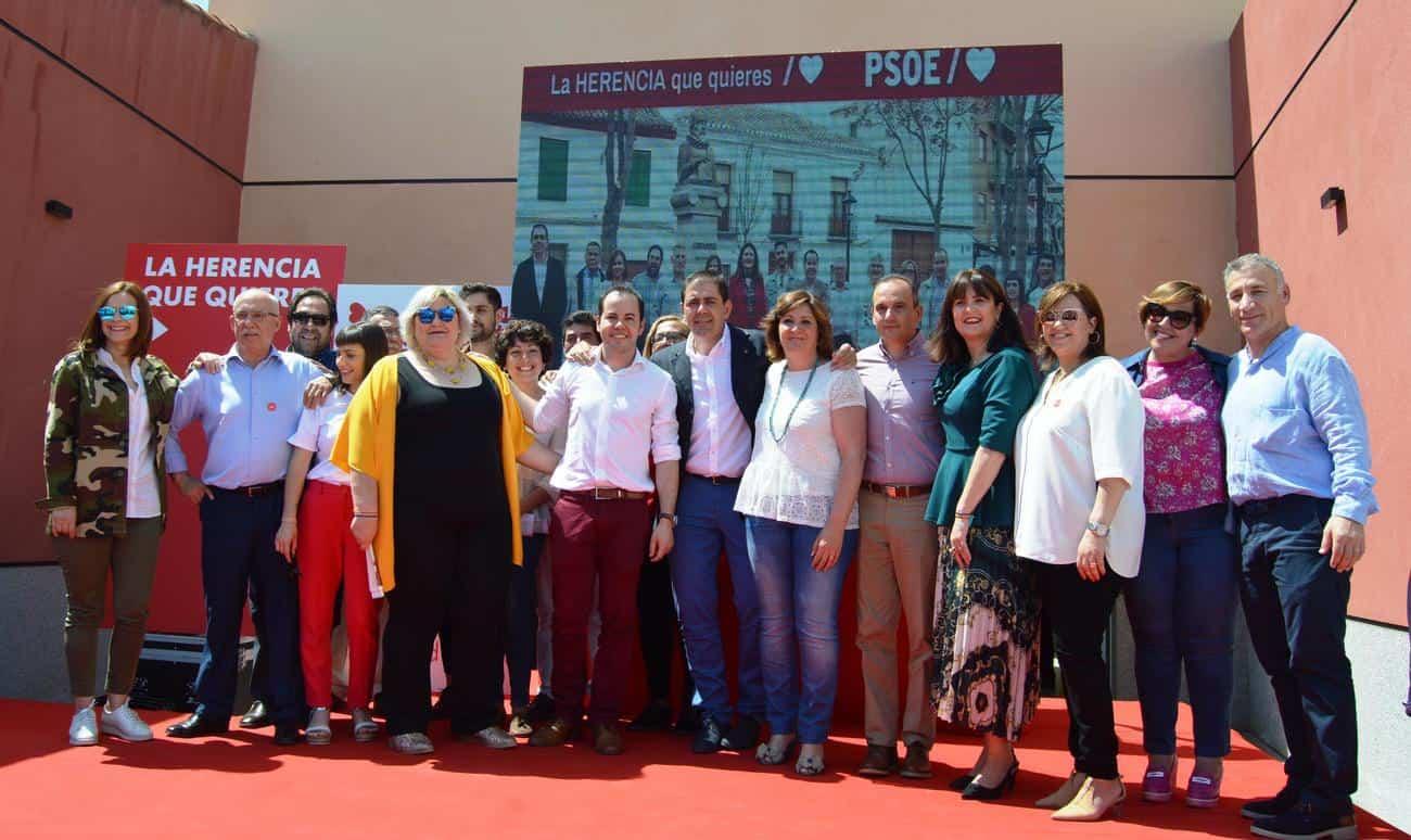 CANDIDATURA HERENCIA 1 - Patricia Franco anuncia que los molinos de Herencia estarán iluminados durante el mes de mayo