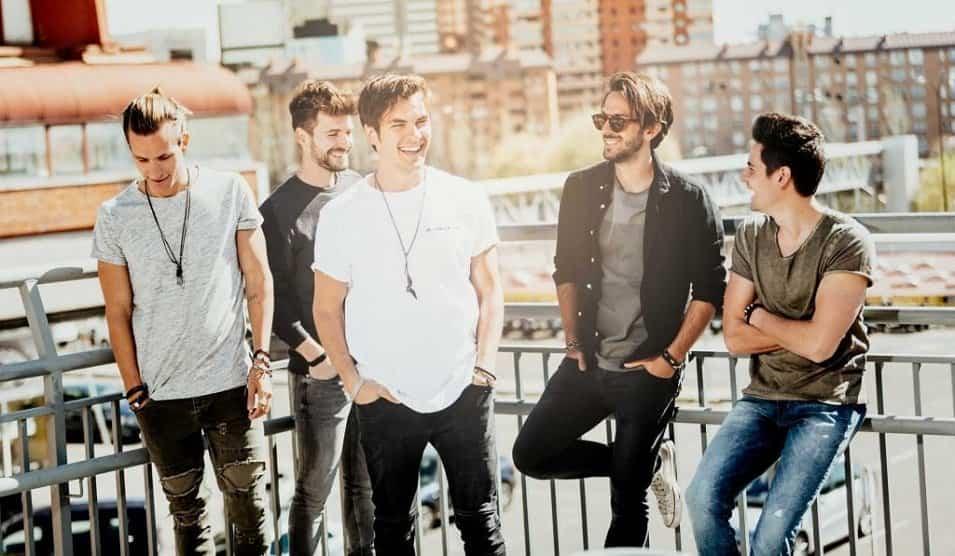 Dvicio - El grupo DVICIO presentará «Qué tienes tú» en la nueva y renovada Plaza de España