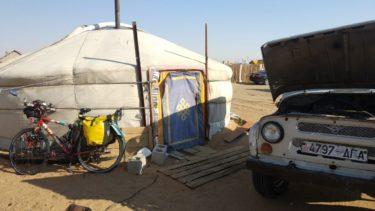 Perlé atravesando el desierto del Gobi hasta Ulan Bator01