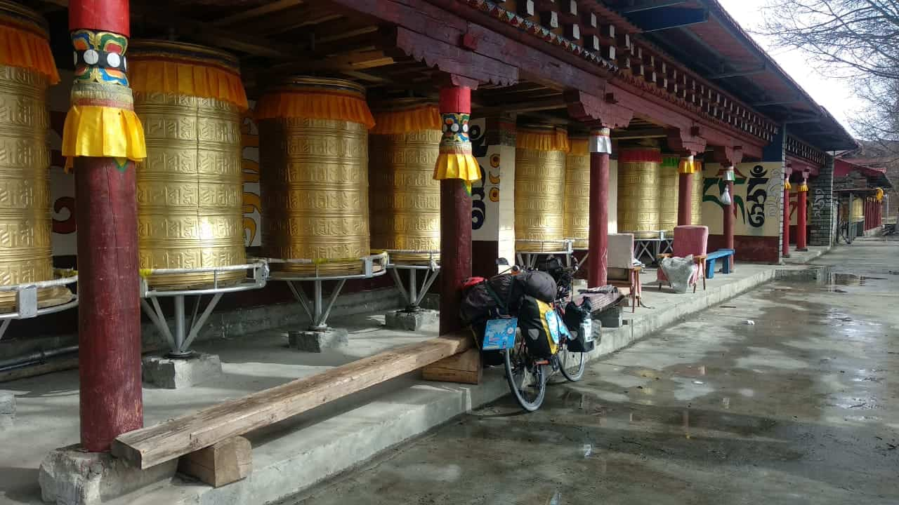 Elías Escribano, Perlé por el mundo, a las puertas de Mongolia 42