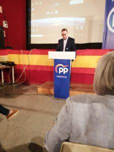 Presentaci%C3%B3n candidatura Partido Popular Herencia14 228x304 - Agudo presenta a Cristina Rodríguez de Tembleque como candidata a la Alcaldía de Herencia
