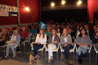 Presentaci%C3%B3n candidatura Partido Popular Herencia17 340x227 - Agudo presenta a Cristina Rodríguez de Tembleque como candidata a la Alcaldía de Herencia