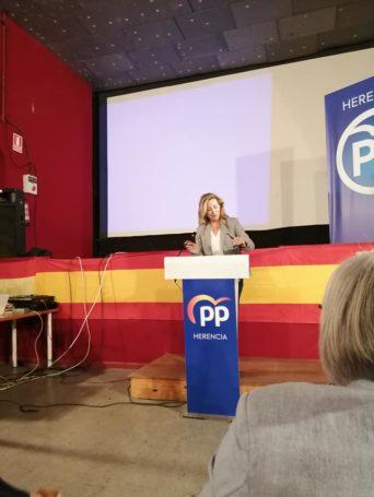 Presentaci%C3%B3n candidatura Partido Popular Herencia20 342x455 - Agudo presenta a Cristina Rodríguez de Tembleque como candidata a la Alcaldía de Herencia