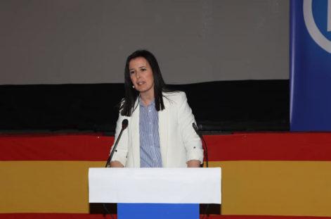 Presentaci%C3%B3n candidatura partido popular herencia07 471x311 - Agudo presenta a Cristina Rodríguez de Tembleque como candidata a la Alcaldía de Herencia