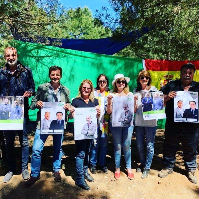 Vox herencia en la Romer%C3%ADa de San Isidro9 687x687 - Vox Herencia junto a Ricardo Chamorro participan en la romería de San Isidro