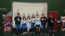 alumnos del Hermógenes en el Concurso de robótica UCLM