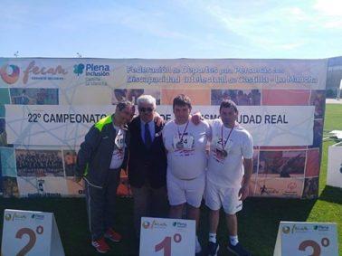campeonato atletismo asodisal3 378x283 - El club deportivo Asodisal obtiene varias medallas el el Campeonato Regional de Atletismo de FECAM