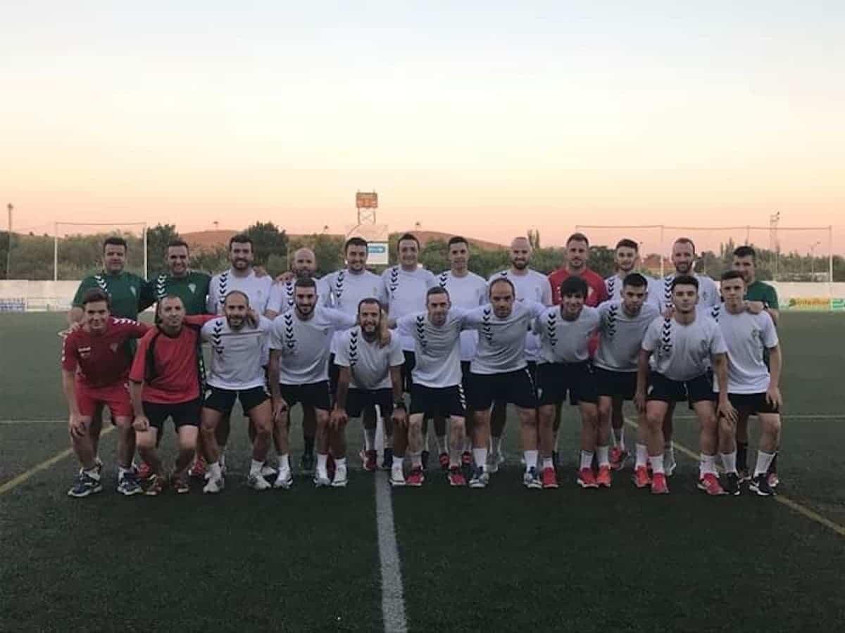 herencia cf futbol equipo - Termina la temporada del equipo senior de Herencia C.F.