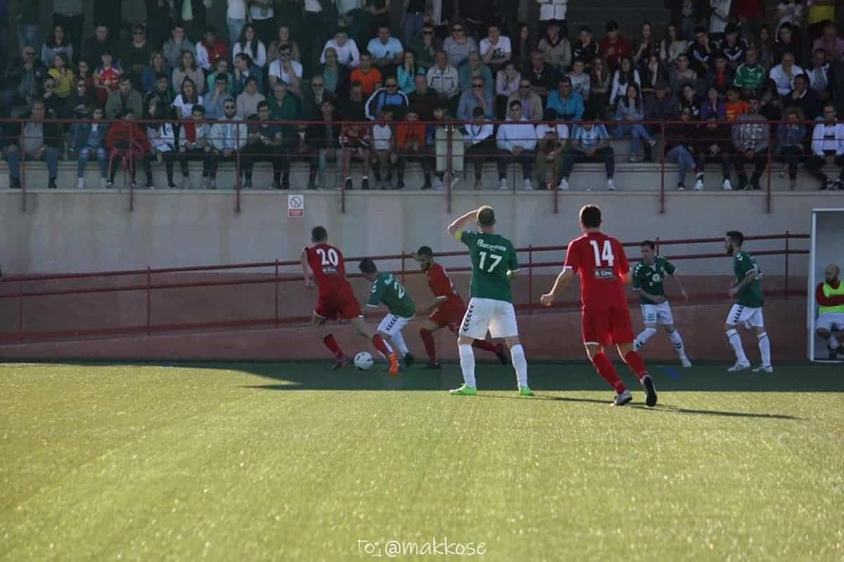 herencia cf futbol juego campo 2 - Termina la temporada del equipo senior de Herencia C.F.
