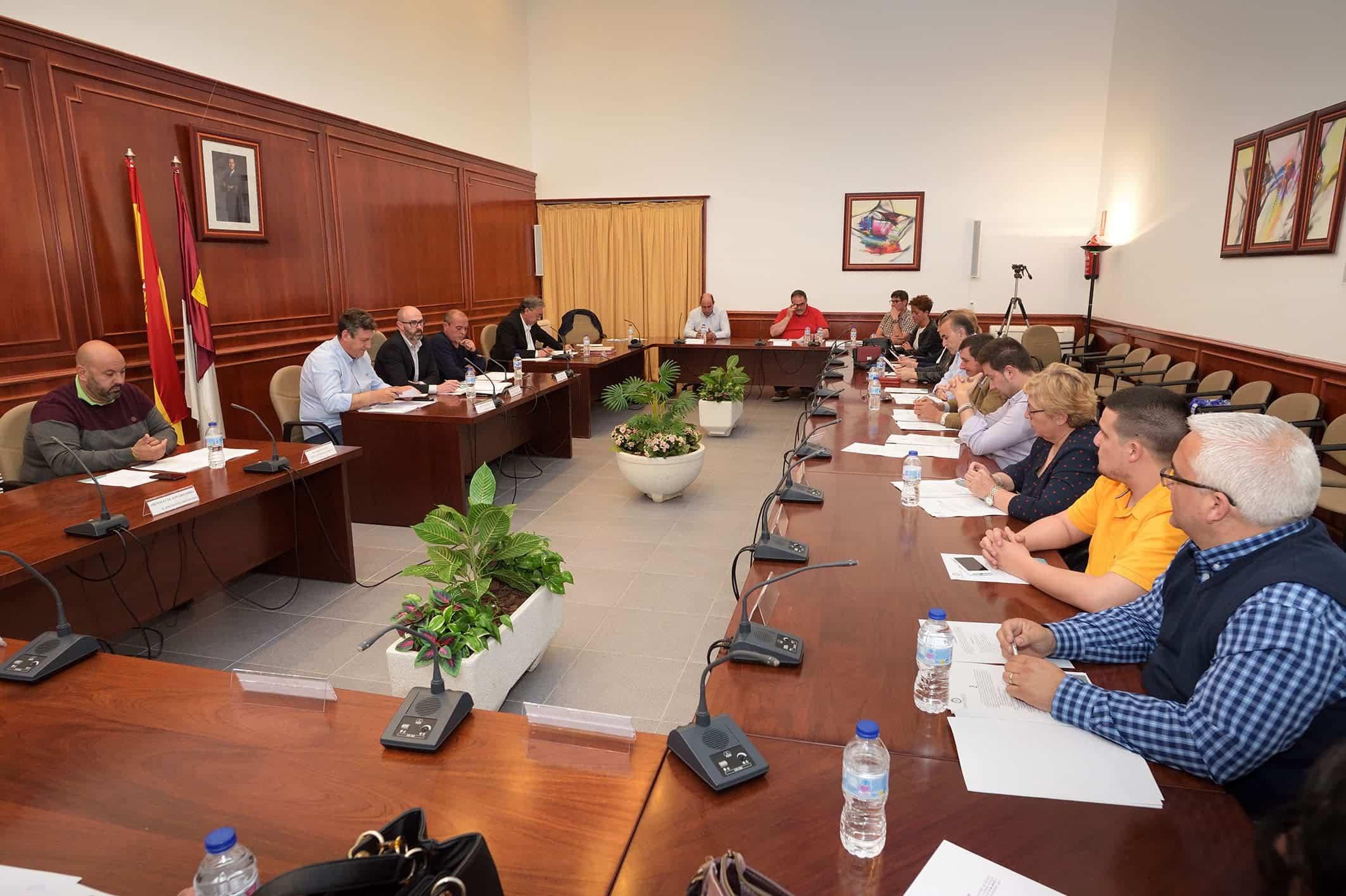 pleno ordinario comsermancha - Comsermancha continua la rescisión del RCD's de Herencia y aprueba cuenta general 2018
