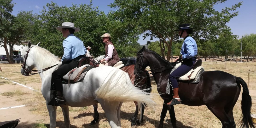 Herencia acoge la final de la Tercera Liga Social de Equitación 51