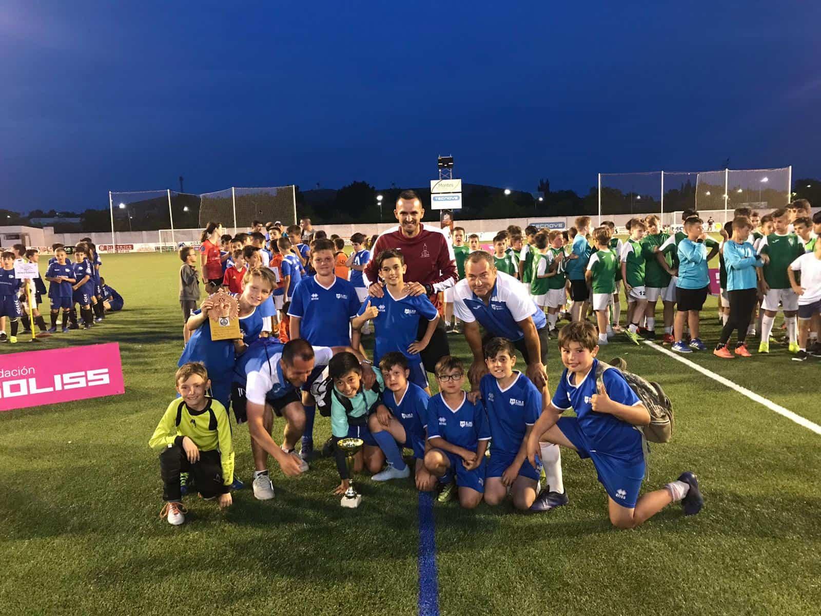 """VII Torneo futbol 8 soledad herencia 5 - Más de 300 chavales se dieron cita en el VIII Torneo de Fútbol-8 """"Virgen de la Soledad"""""""