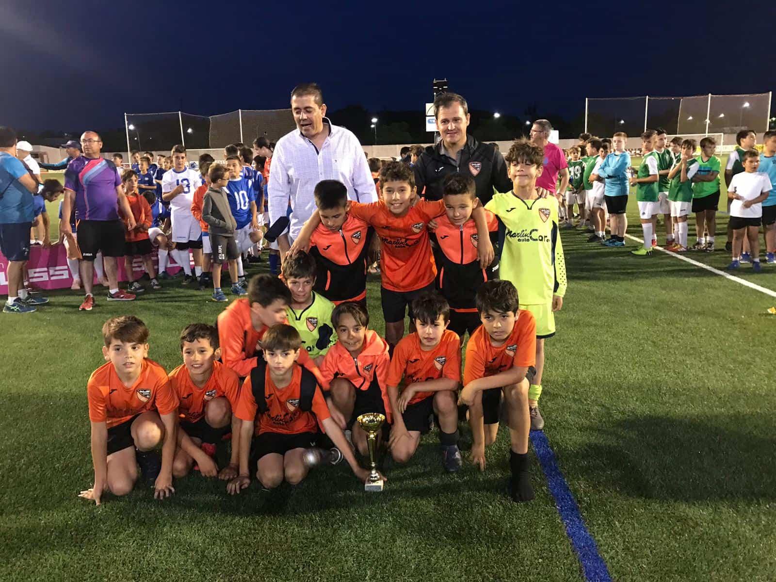"""VII Torneo futbol 8 soledad herencia 6 - Más de 300 chavales se dieron cita en el VIII Torneo de Fútbol-8 """"Virgen de la Soledad"""""""