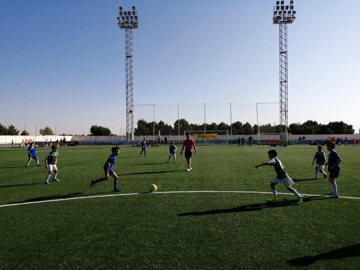 """VIII torneo futbol 8 herencia 2 - Más de 300 chavales se dieron cita en el VIII Torneo de Fútbol-8 """"Virgen de la Soledad"""""""